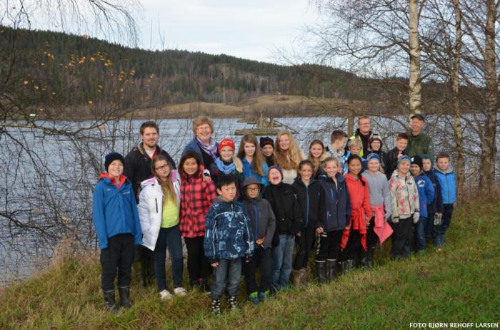 Elever fra Sørumsand besøkte Bingen lenser